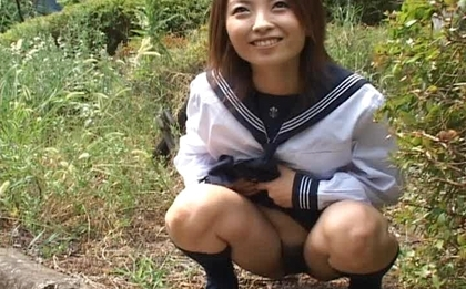 Haiji Sweet Asian schoolgirl shows her hot body outdoors
